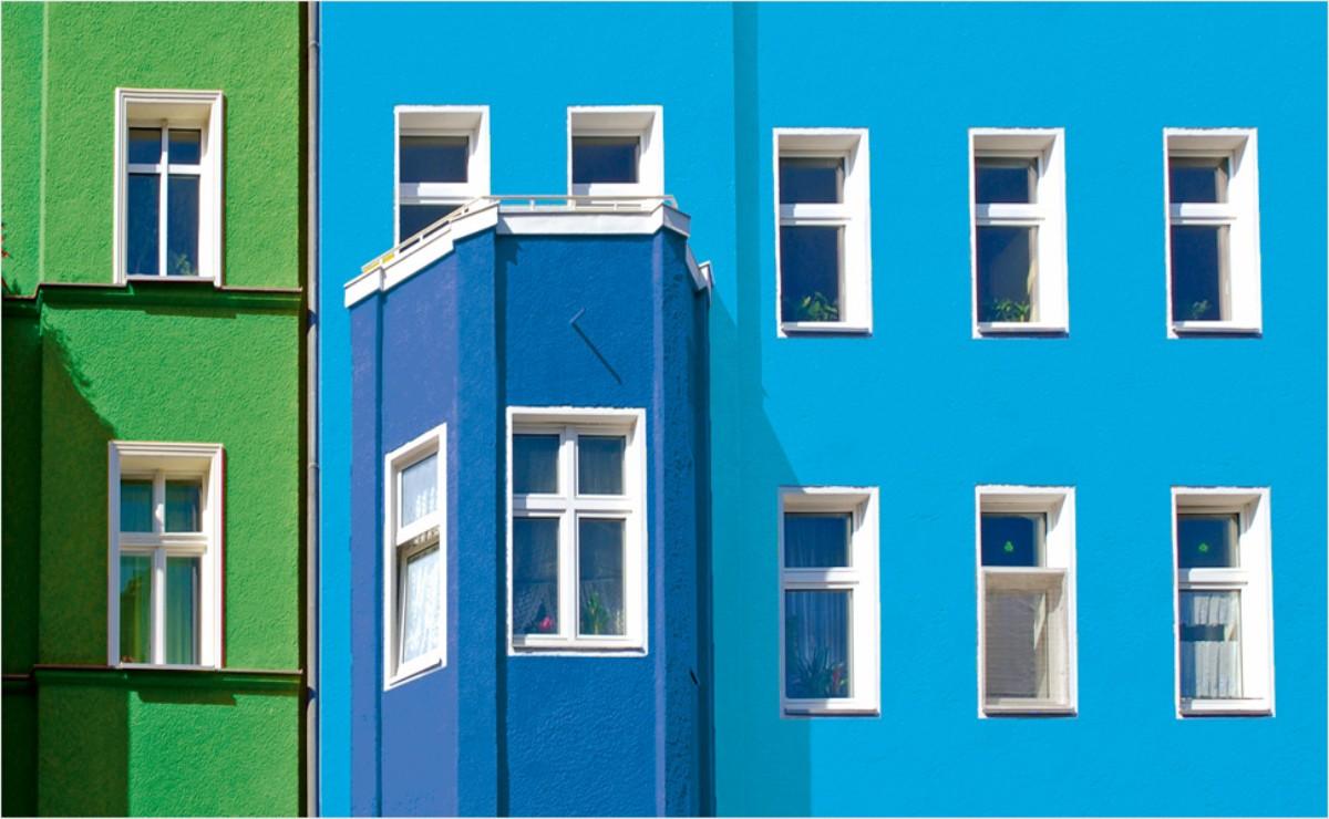 Accente colorate pe portiunile fatadei 1